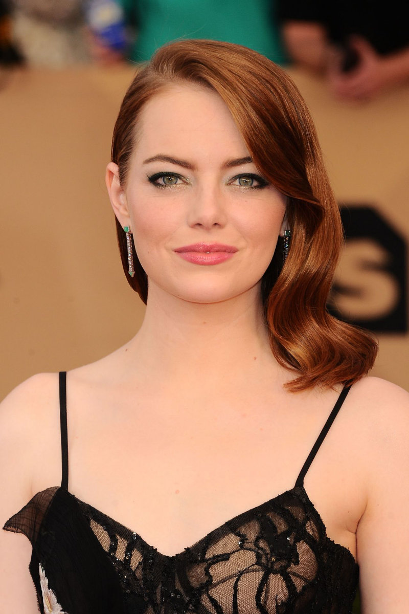 emma-stone-sag-awards-in-los-angeles-1-29-2017-part-ii-3.jpg
