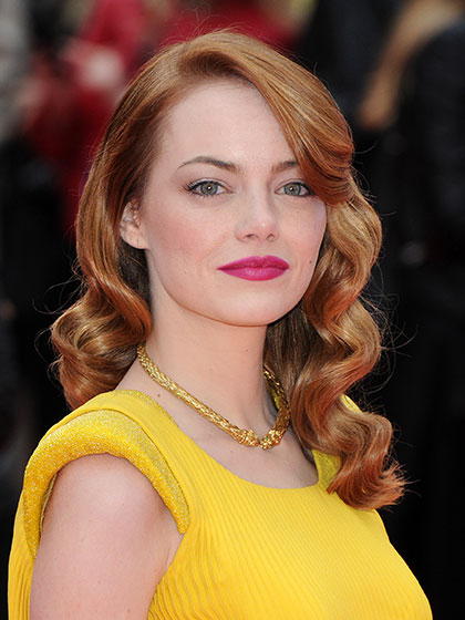 emma-stone-spider-man-red-carpet-04.jpg