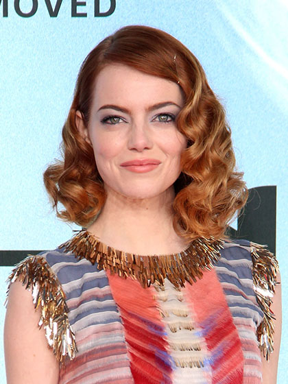 emma-stone-spider-man-red-carpet-08.jpg
