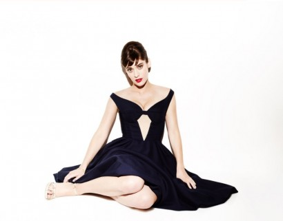 Lizzy Caplan-Vanity Fair August 2012