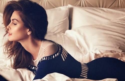 Cindy-Crawford-Harper-Bazaar-Russia-9.jpg