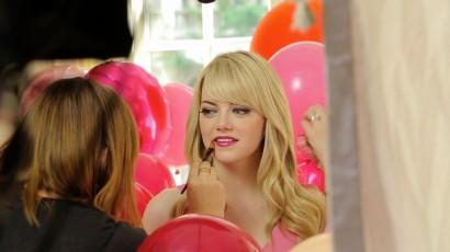 Emma Stone-Revlon-Colorburst-Commercial
