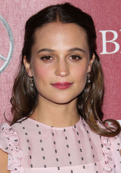 Alicia-Vikander-Palm-Springs-Film-Festival-Jan-2016-1