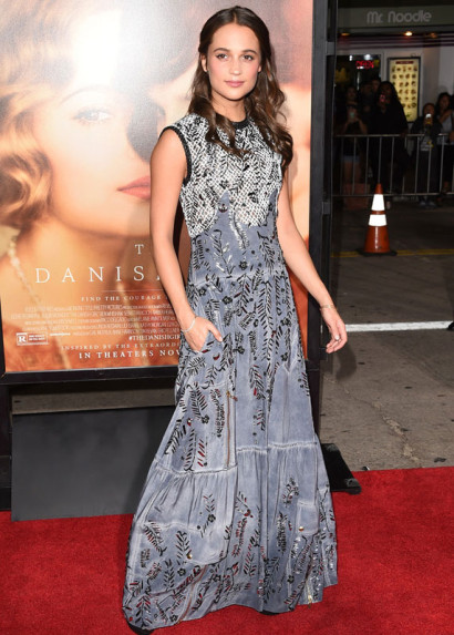 Alicia-Vikander-Danish-Girl-Premiere-Nov-2015-2.jpg