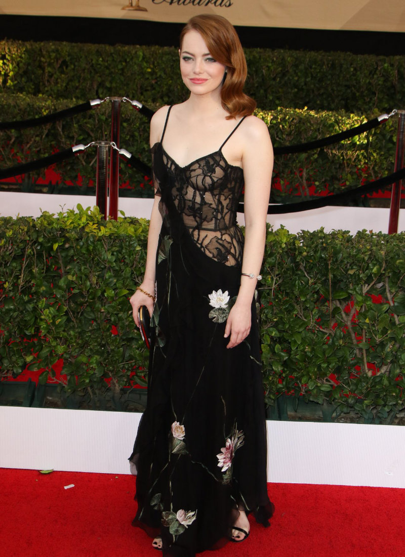 emma-stone-sag-awards-in-los-angeles-1-29-2017-part-ii-19.jpg