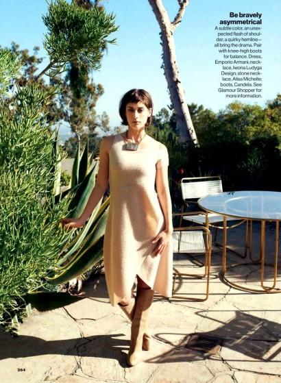 Lizzy-Caplan-Glamour-Magazine-Oct-2013-2.jpg