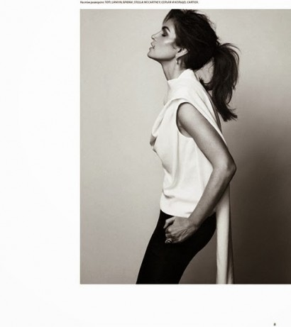 Cindy-Crawford-Harper-Bazaar-Russia-8.jpg