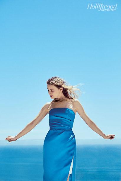 ReneeZellweger.HollywoodReporter.Sept2016-2.jpg
